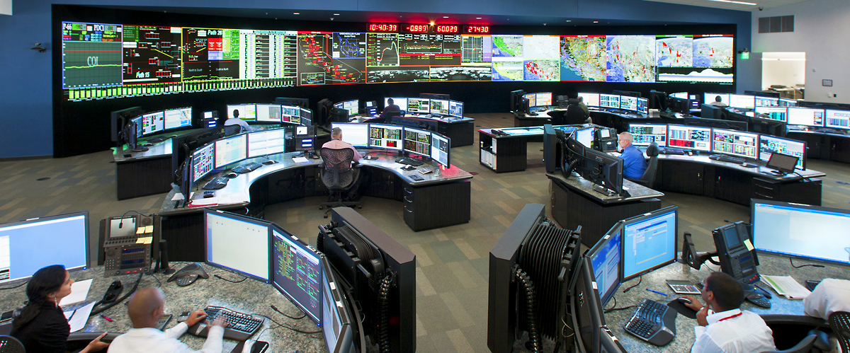 1280x499-Operational-Objectives-hero central control room